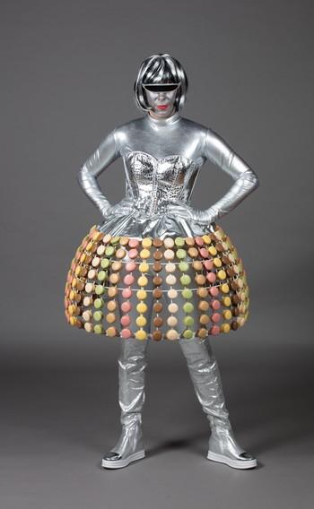 Robe macaron futuriste
