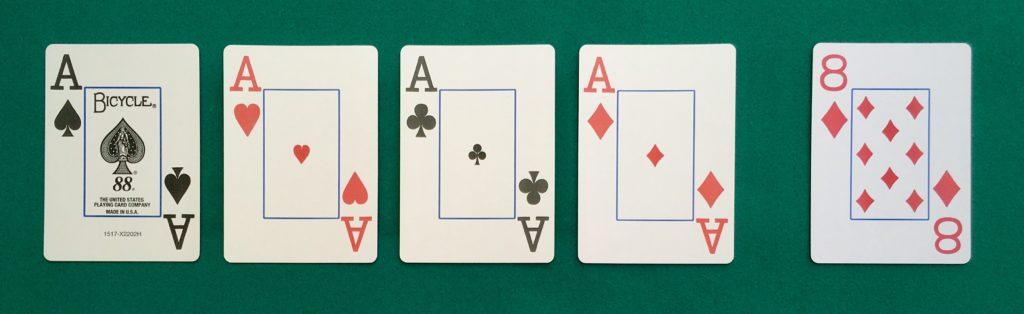 Main Poker Carré